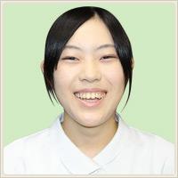 内田 冴香